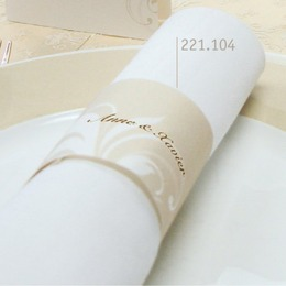 serviette decoration beige